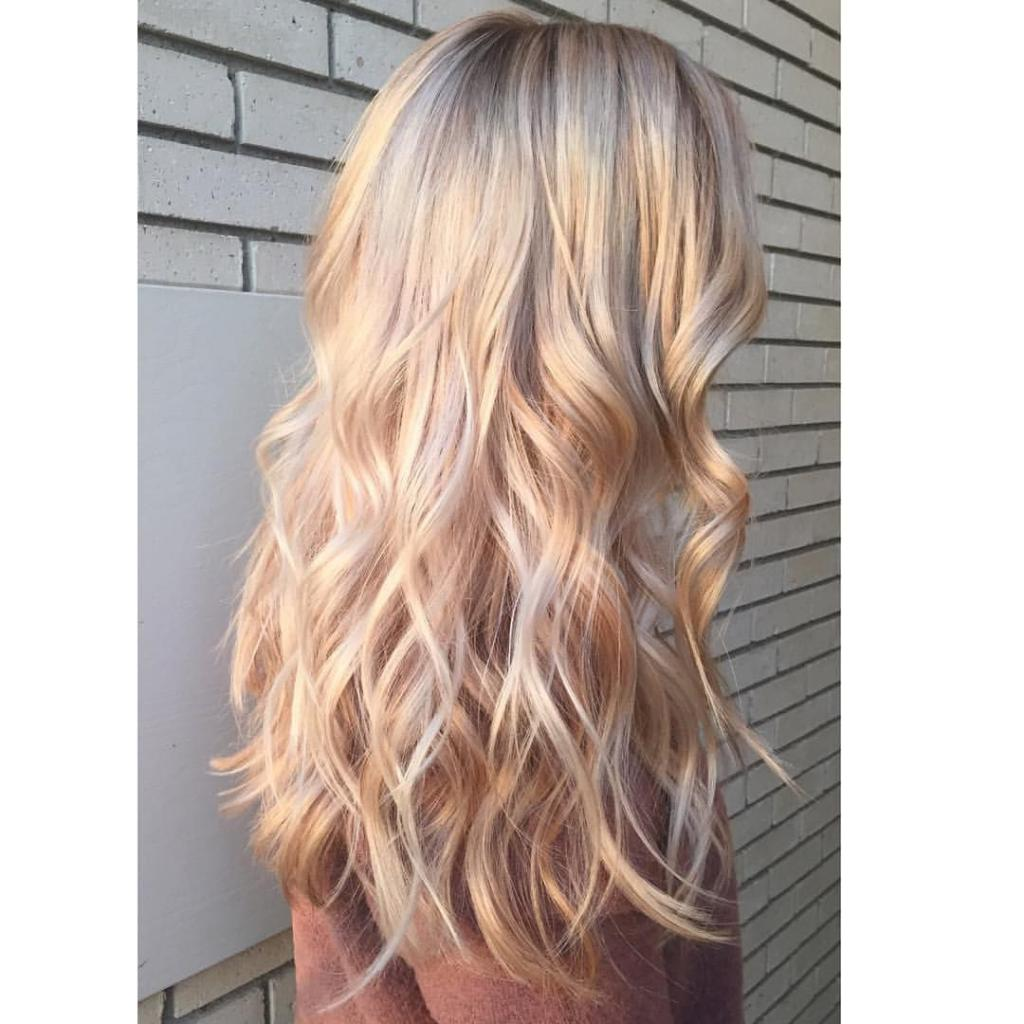 Цвет волос жемчужно бежевый