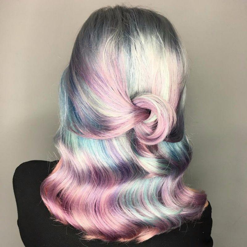 Золотисто перламутровый цвет волос
