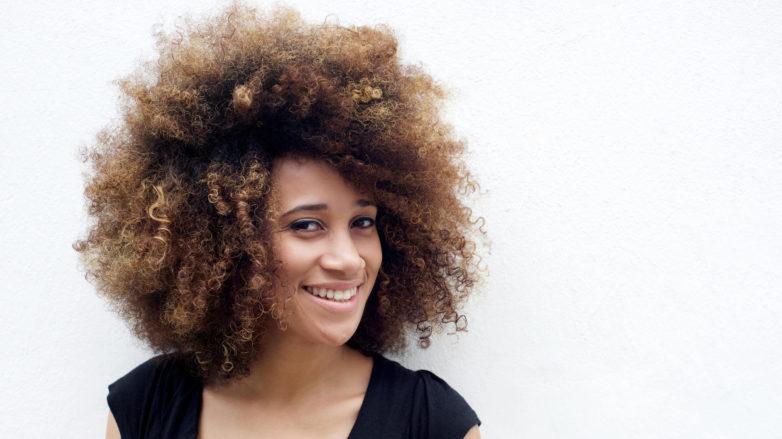 Афро кудри на средние волосы